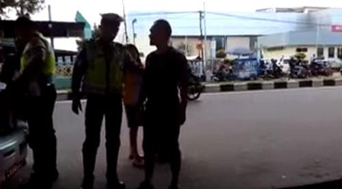video TNI Pukul Polisi di Palembang
