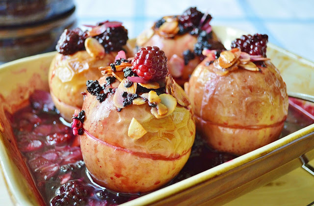 Blackberry Stuffed Baked Apples