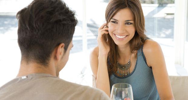Cara Melakukan Percakapan Menarik, Seru & Menyenangkan