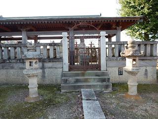 岡部忠澄の墓