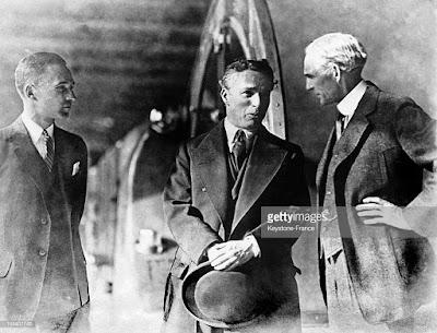 Чарльз Чаплин, Генри Форд и Эдсель Форд (1923) - 2