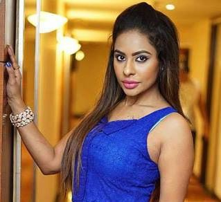 Sri Reddy Family Husband Son Daughter Father Mother Age Height Biography Profile Wedding Photos