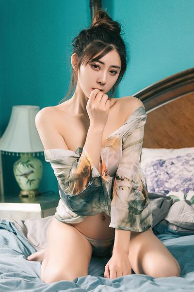 [TouTiao头条女神] 2019.04.30 小希的和风诱惑
