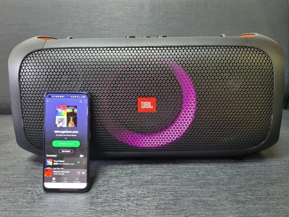 JBL PartyBox On-the-Go Performance