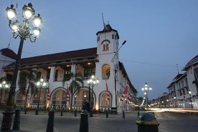 Berpetualang Dalam Lorong Waktu di Kota Lama Semarang