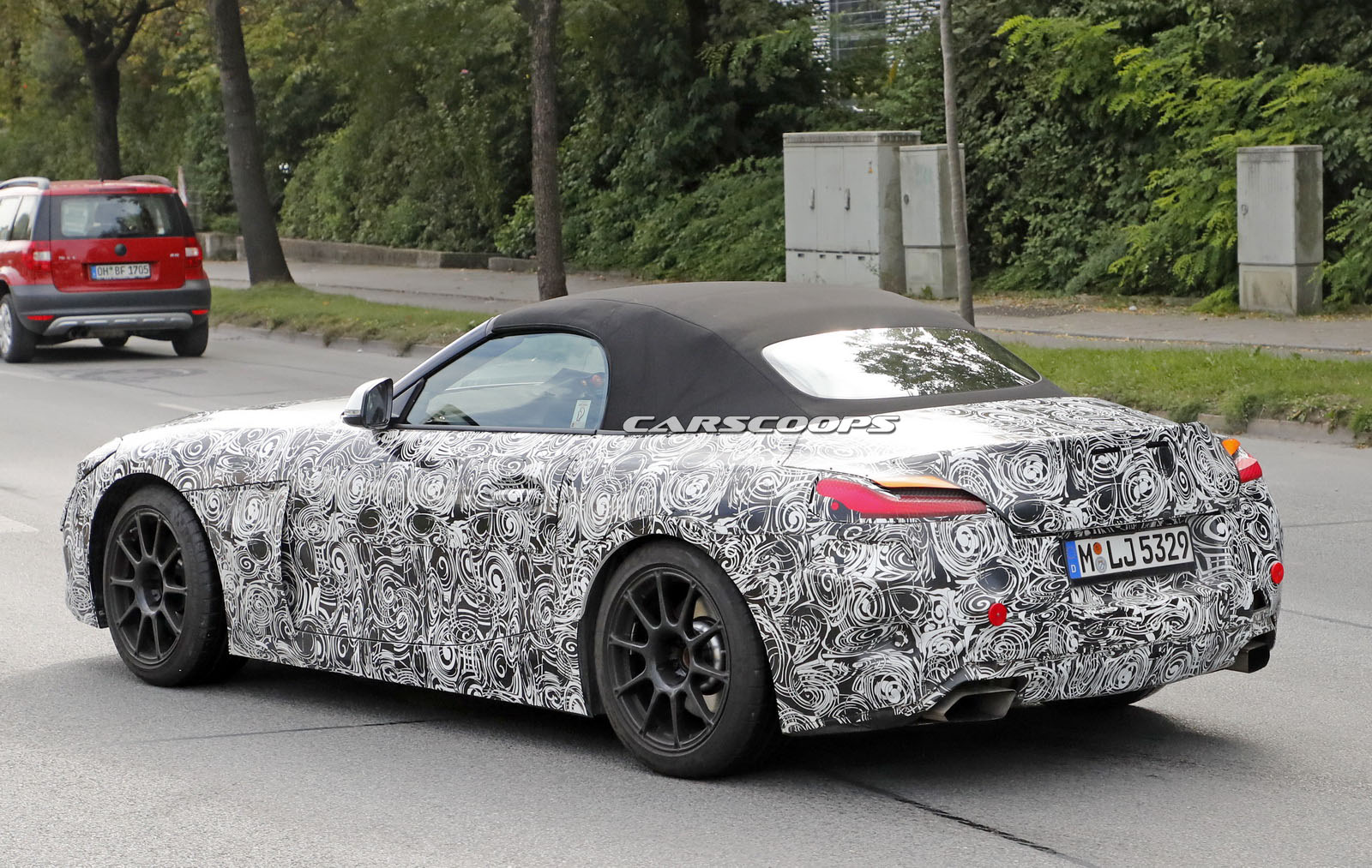 BMW-Z4-reallights-9