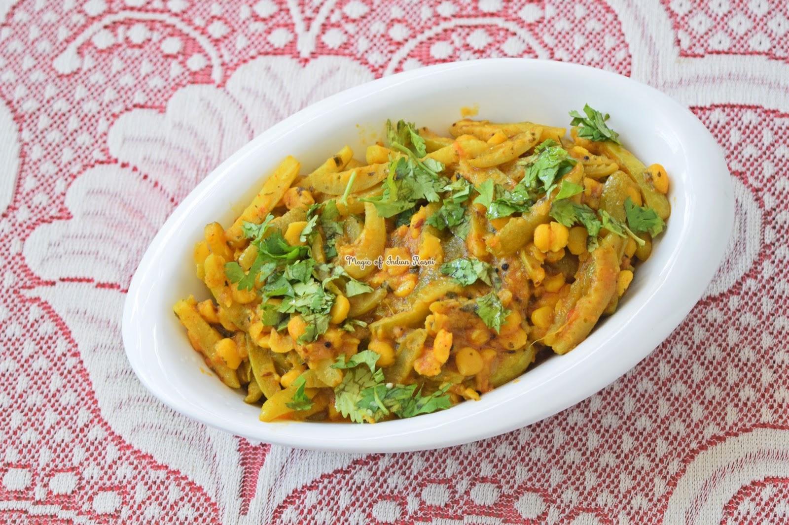 Tindora Chana Dal Nu Shaak - Tendli Chana Daal Sabji - टिंडोरा चाना दाल नु शाक रेसिपी - Priya R - Magic of Indian Rasoi