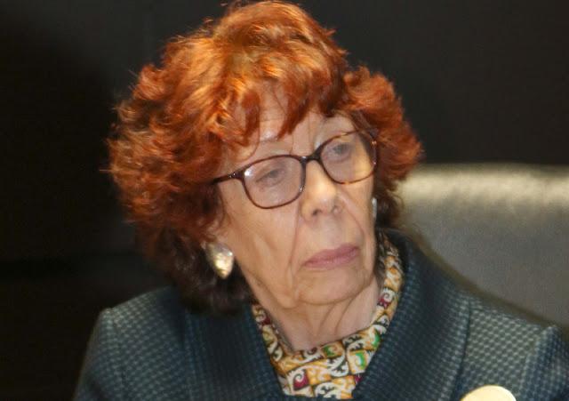 Carmen Moreno Toscano es una diplomática mexicana especialmente conocida por su compromiso como defensora de los derechos de las mujeres y la promoción y defensa de los derechos humanos. En julio de 2019 fue designada embajadora de México en Nicaragua por el presidente López Obrador