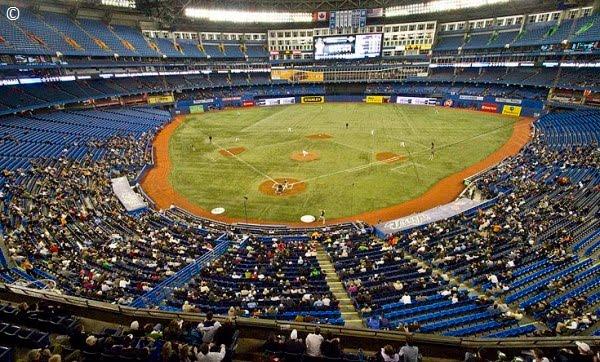 20566dac8 MLB e MLS têm suas respectivas temporadas acontecendo ao mesmo tempo e  procuram se beneficiar do clima quente para atrair espectadores.