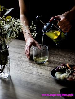 يعتبر الشاى الأخضر أفضل المشروبات الساخنة لكيتو دايت