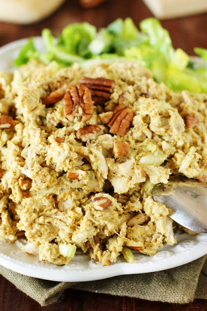 Curried Chicken Salad ~ this no-mayo chicken salad is loaded with fabulous flavor!   www.thekitchenismyplayground.com