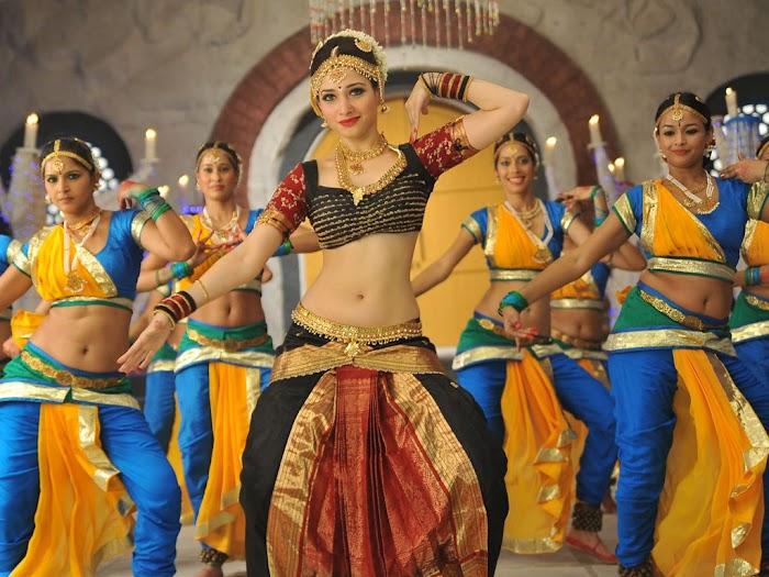 Tamanna Showing Sexy Navel In One Of her Movie In Bharathanattiyam style wear-Relentless Hotness