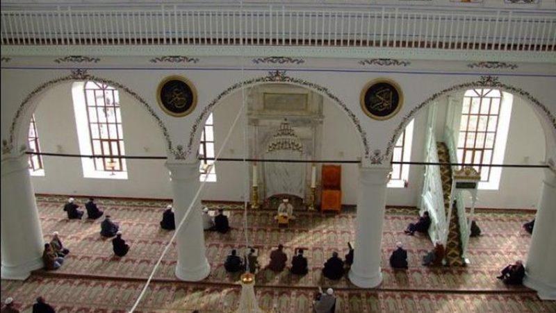Cami içinde yasak edilenler