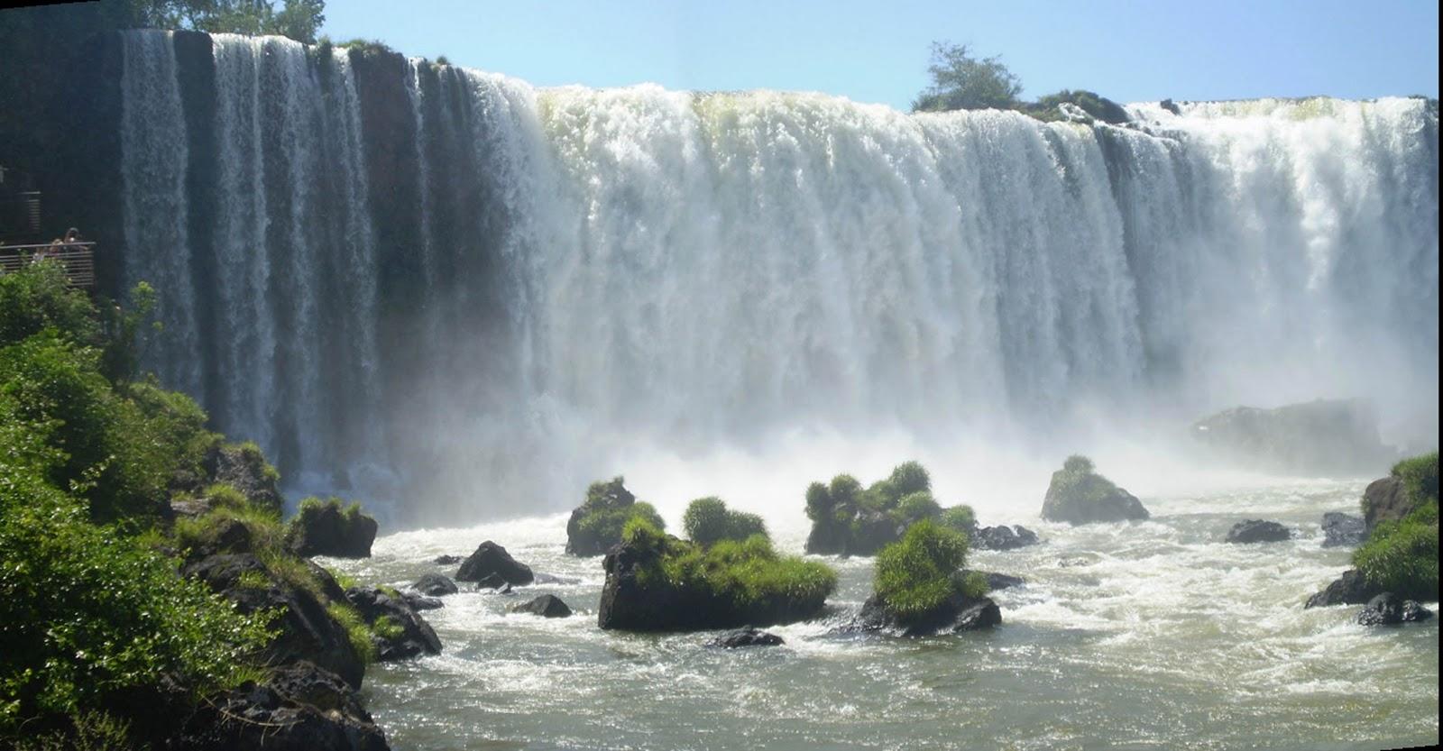 Iguazu Falls Wallpaper Titulos Felices Las Cataratas Del Iguaz 250 Una De Las