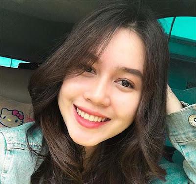 Bella Nurmala Senyum