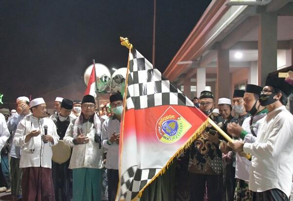 Kyai Muqit (wabub) Napak Tilas Perjuangan KH M  Umar Bin Ikrom   1 Muharrom 1442 Hidjiriah Kecamatan Sukowono.
