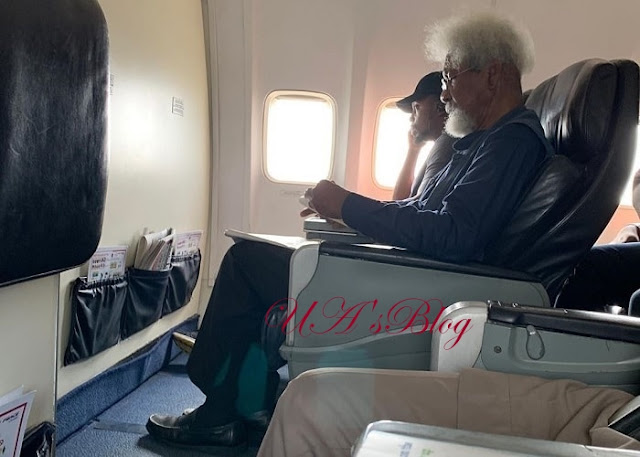 Disturbing Moment Young Nigerian Orders Soyinka Out Of His Seat On Flight [PHOTOS]