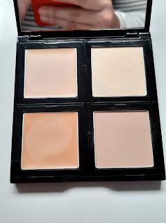 Paleta de contorno e definição Avon cor bege resenha