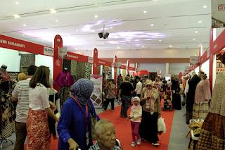 Suasana Pameran UKM Asli Indonesia