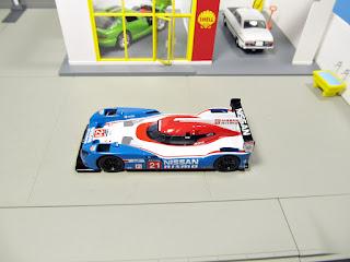 Spark 1/64 Nissan GT-R LM   No.21  Le Mans