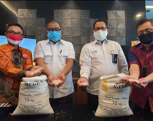 Pos Indonesia  Siap Distribusikan Bantuan Beras PPKM Tahap II
