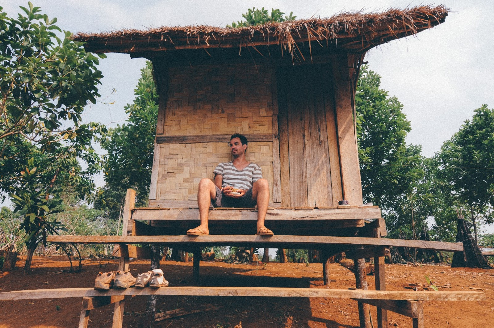 Bamboo bungalow Tad Saulin