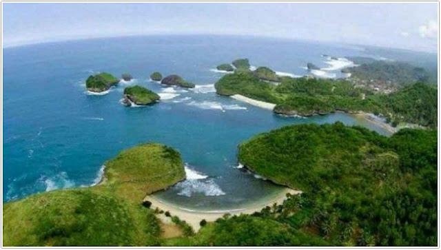 Pantai Kasap;Top Destinasi Wisata Pacitan