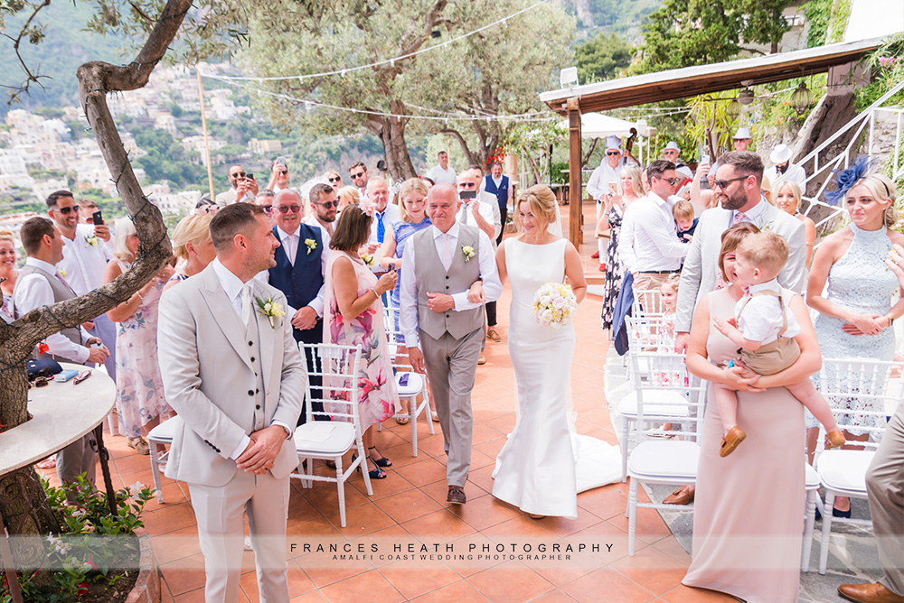 Wedding ceremony at Villa Oliviero