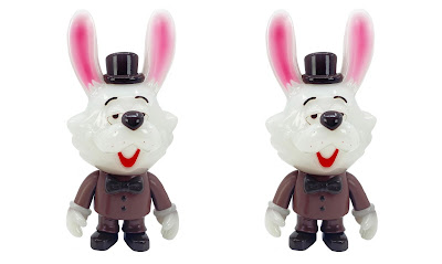Designer Con Summer 2021 Exclusive Big Swing Bunny Chocolate Edition Vinyl Figure by Swing Toys x 3DRetro