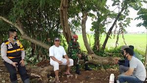 Aipda Sanusi Ruslan, Unit Polsek Solokanjeruk Polresta Bandung Mengimbau Warga Agar Disisplin 3M
