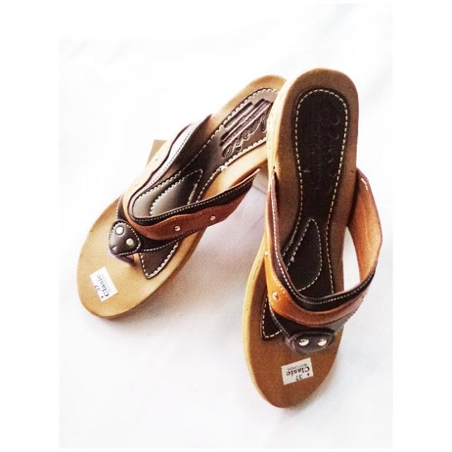 Sandal WANITA Classic V