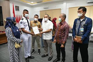 Bupati Zahir Lepas Paskibraka Provsu Perwakilan Kabupaten Batu Bara
