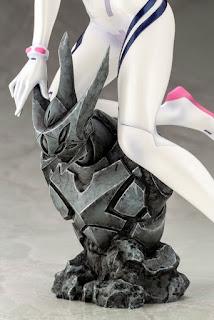 Evangelion: 3.0+1.0 Thrice Upon a Time – Makinami Mari Illustrious White Plugsuit Ver., Kotobukiya