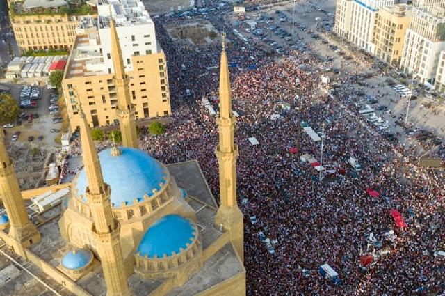 Γιατί βαθαίνει η πολιτική κρίση στον Λίβανο