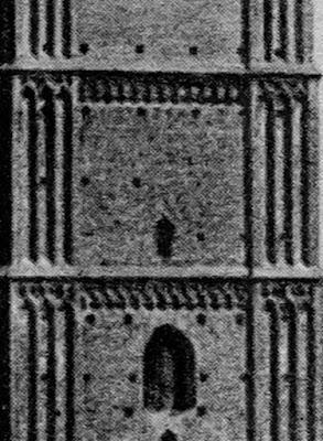 Postkarte der Münchener Frauenkirche um 1920 - Detail - rechter Turm