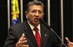 Bahia tem 13 deputados federais em posição negativa