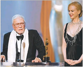 Image: MINOR BUMP: Robert Boyle with Nicole Kidman at the Oscars