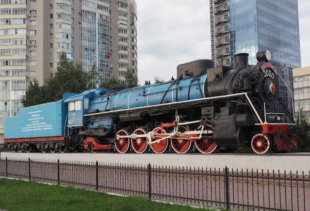 Памятник-паровоз Лунина - Новосибирск