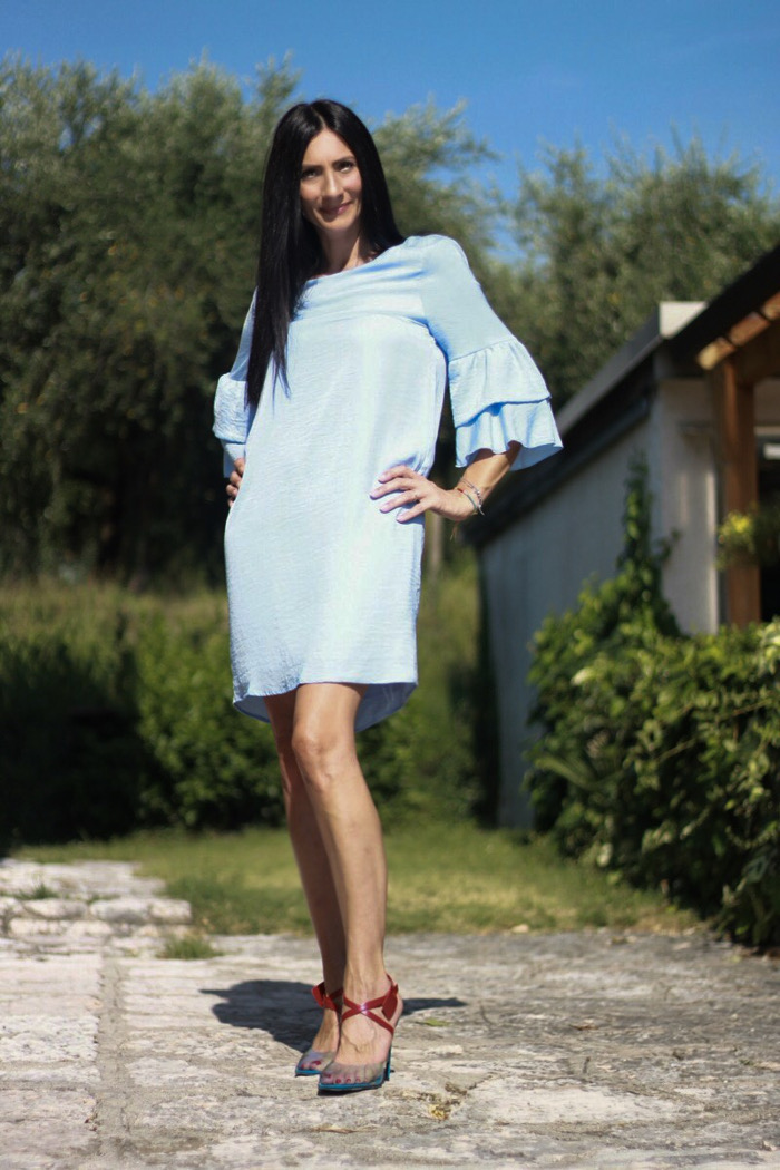 themorasmoothie, paola buonacara, abito cocktail, accessori in plexiglass, scarpe plexiglass, summer look, fashionblogger, italianblogger, trend plexiglass, fsjshoes