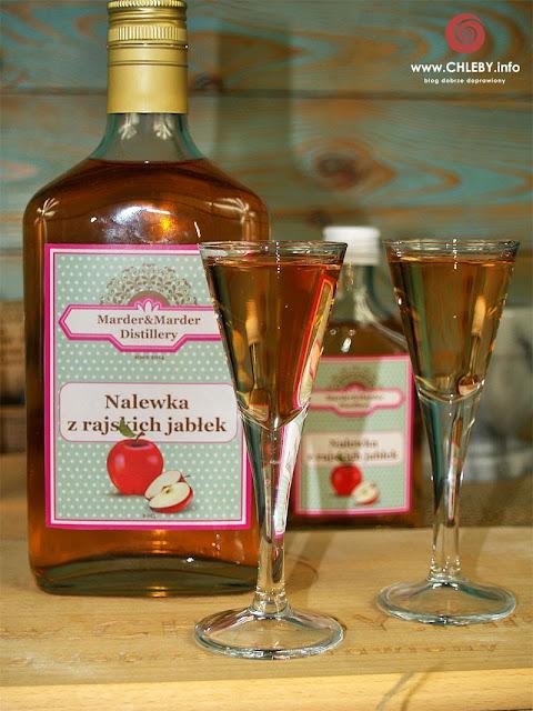 Nalewka z rajskich jabłuszek