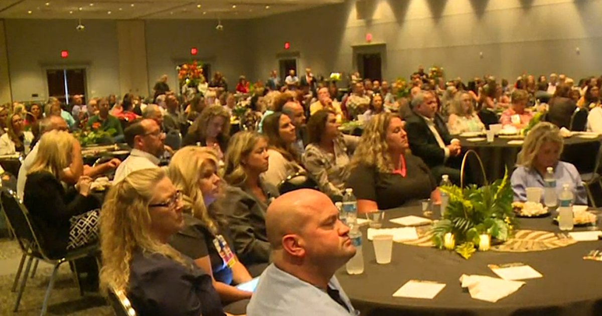Beshear honors healthcare workers in Morehead