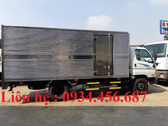 Bán xe Hyundai 110sp thùng kín tại Quảng Ninh