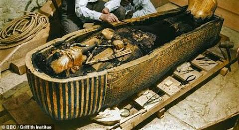 اكتشاف مقبرة توت عنخ آمون  Tutankhamun Tomb Discovery