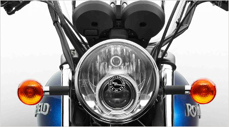 Royal Enfield Thunderbird 500 front headlight