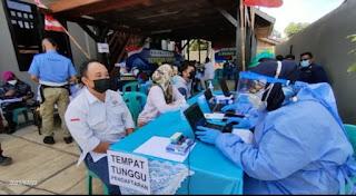UPP Tanjung Redeb Kolaborasi Berbagai Instansi Selenggarakan Vaksinasi Covid - 19 pada Masyarakat Maritim