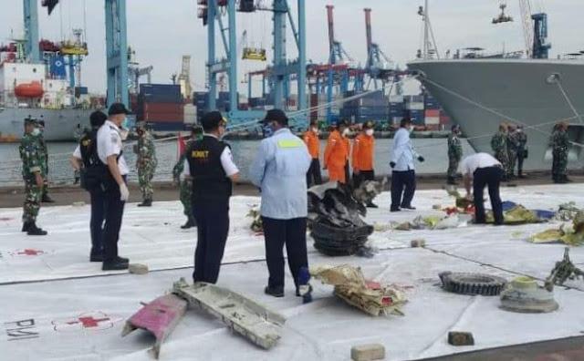 Breaking news : 4 Korban Sriwijaya Air Teridentifikasi