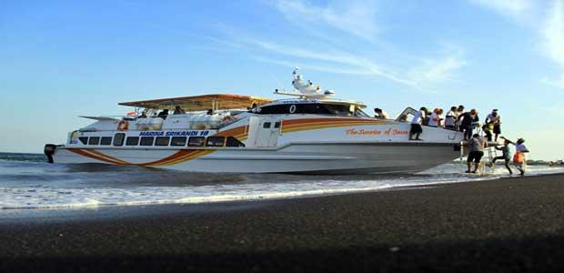 daerah pertama yang disinari matahari setiap harinya Kapal Cepat Banyuwangi - Bali, Mudahnya Liburan ke Bali dan Banyuwangi