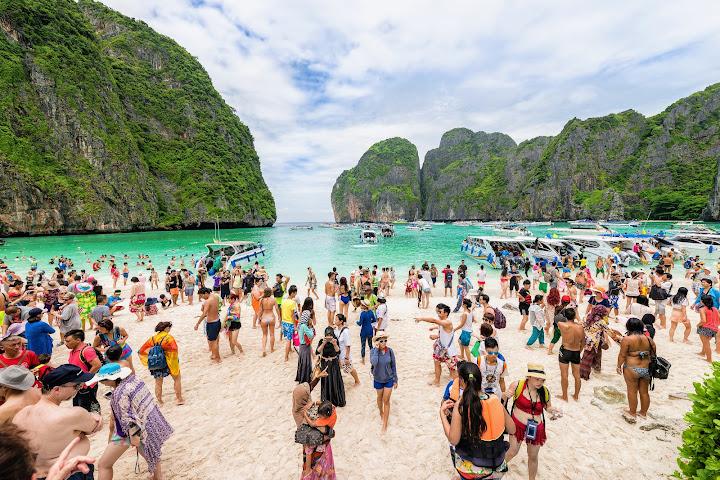Поехали: Первые иностранные туристы прибудут в Таиланд 1 октября