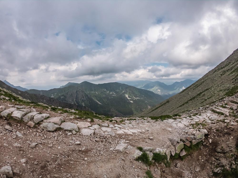 Widok z Przełęczy Świnickiej