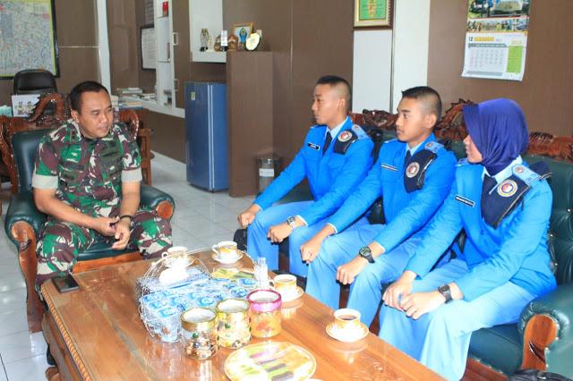 Siswa SMA Taruna Nusantara Kunjungi Markas Kodim 0723 Klaten, Ini Pesan Letkol Kav Minarso,S.I.P
